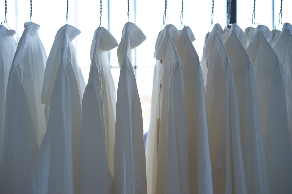 Laundry/ Dry cleaning services