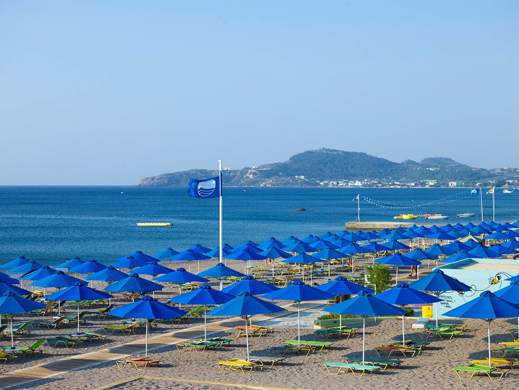 Umbrellas, sun beds and towels
