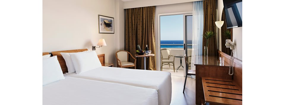 Standard Double Rooms with Sea View